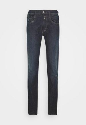 ANBASS HYPERFLEX RE-USED - Slim fit jeans - dark-blue denim