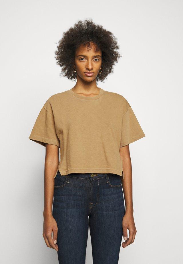 BOXY SLIT TEE - T-shirt basique - vintage camel