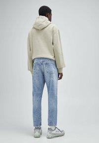 PULL&BEAR - Straight leg jeans - mottled dark blue - 1