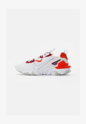 NIKE REACT VISION - Trainers - white/lt smoke grey-team orange-team red-pure platinum