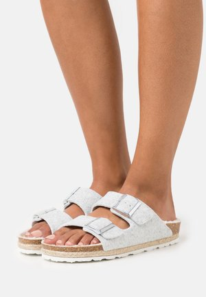 CLAQUETTE - Slippers - silver