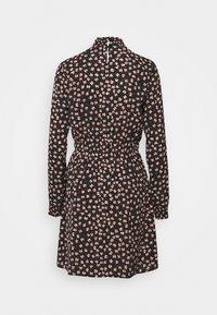 Pieces - PCDALLAH DRESS - Shirt dress - black / light pink - 6