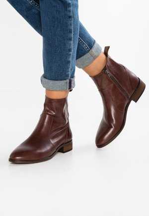ASHLEIGH - Classic ankle boots - brown