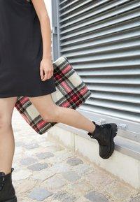 N°21 - BOOTS - Platform ankle boots - black - 5