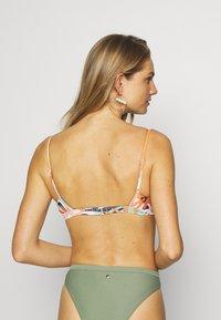 Roxy - SEA BRAL - Bikini top - peach/blush/bright - 2