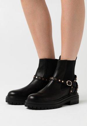 FRANKA CAGE - Cowboy/biker ankle boot - black