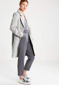 KIOMI - Trousers - grey melange - 1