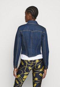 Versace Jeans Couture - LADY JACKET - Kurtka jeansowa - indigo - 2