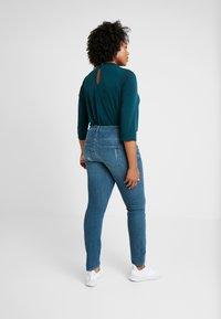 JUNAROSE - by VERO MODA - JRFIVESANLI - Jeans Skinny Fit - dark blue denim - 2