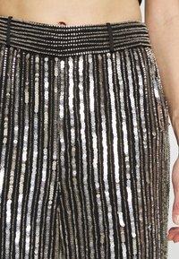 MANÉ - ARGENTO TROUSERS - Trousers - silver - 5