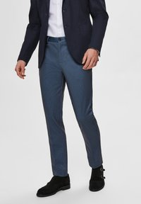Selected Homme - SLHSLIM-AIDEN - Tygbyxor - navy blazer - 0