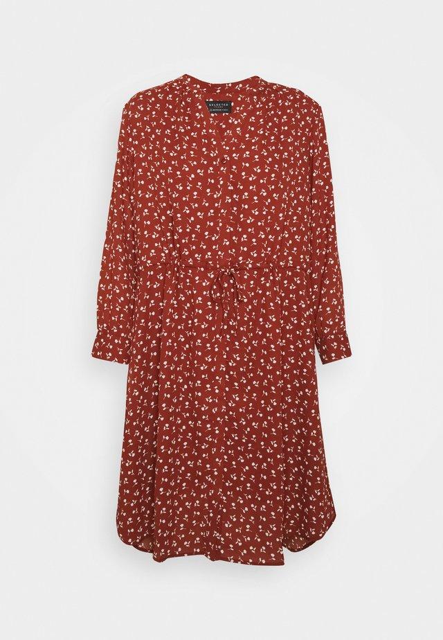SFDAMINA DRESS  - Vapaa-ajan mekko - dark red