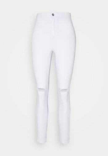 VICE HIGHWAISTED SLASH KNEE - Jeans Skinny Fit - white