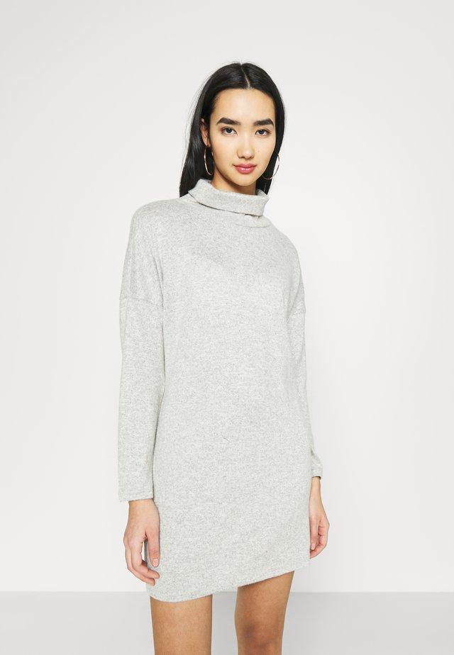 JDYSARA TONSY COWL NECK DRESS - Jumper dress - silver birch melange