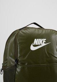 Nike Performance - Rucksack - cargo khaki/white - 7