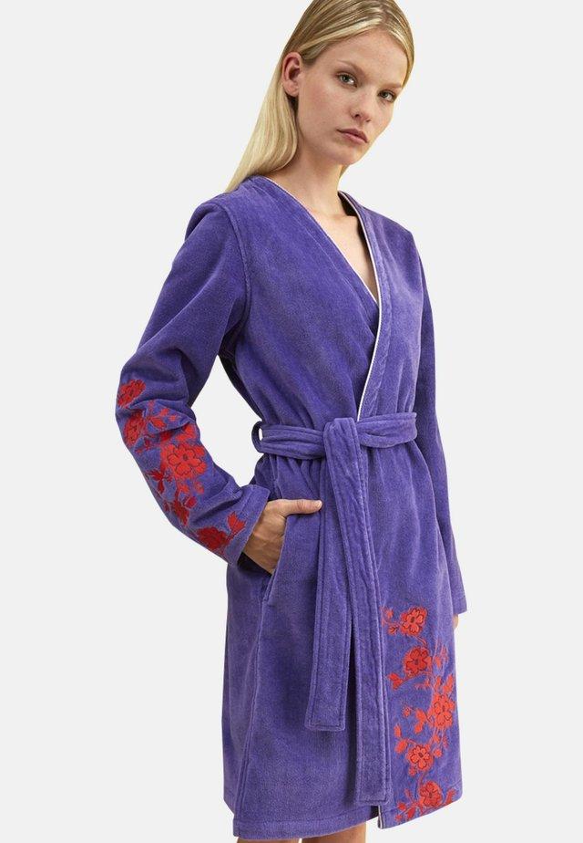 Kylpytakki - purple