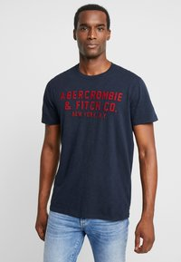 Abercrombie & Fitch - LEGACY APPLIQUE  - Printtipaita - navy - 0
