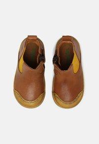 Froddo - ROSARIO CHELYS - Classic ankle boots - cognac - 3