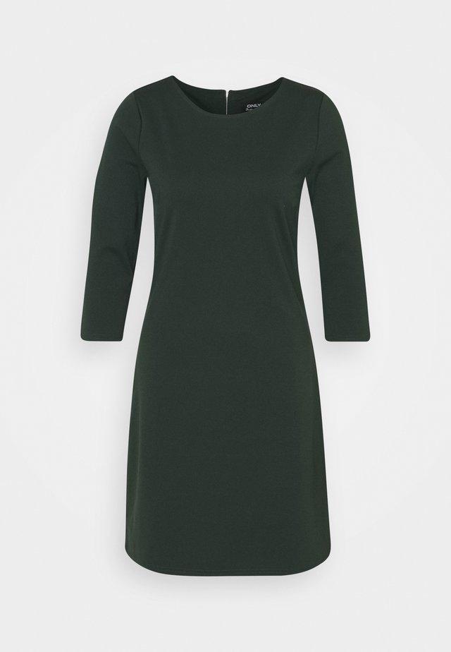 ONLBRILLIANT DRESS - Žerzejové šaty - pine grove