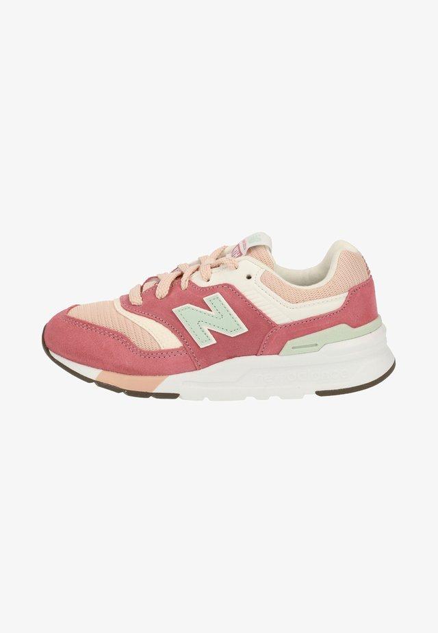 Sneakersy niskie - hap pink