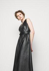 Marella - CRIZIA - Denní šaty - nero - 5
