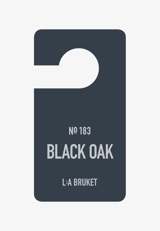 FRAGRANCE TAG - Scented candle - no.183 black oak