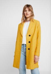 comma casual identity - Classic coat - yellow - 0
