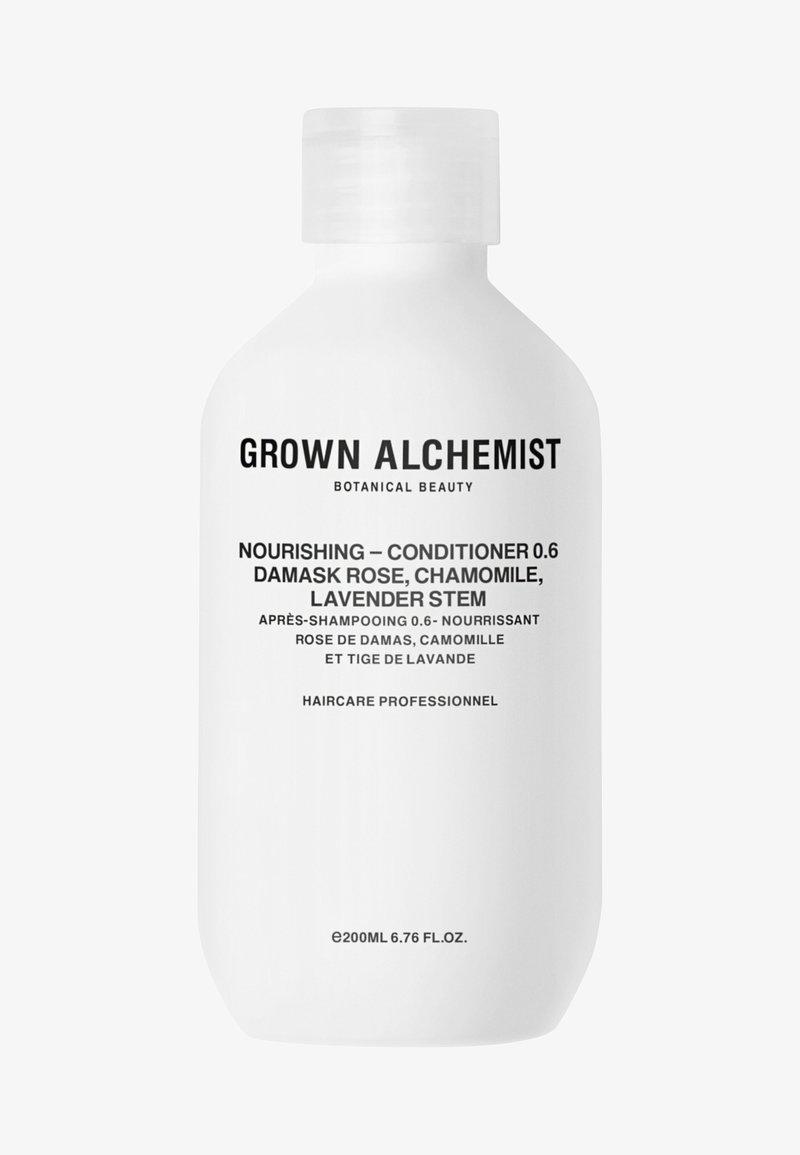 Grown Alchemist - NOURISHING-CONDITIONER 0.6 DAMASK ROSE, CHAMOMILE, LAVENDER STEM - Conditioner - -