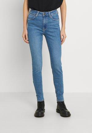 SCARLETT HIGH - Jeans Skinny Fit - mid lina
