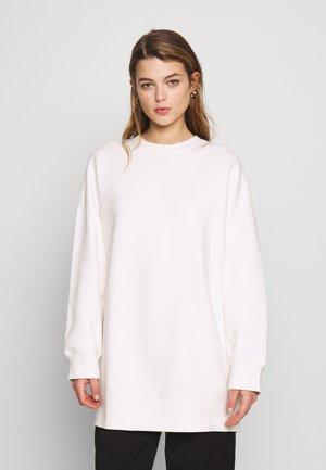 BEATA - Sweatshirt - white
