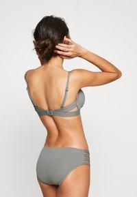 Seafolly - ACTIVE HYBRID BRALETTE - Bikini top - oliveleaf - 2