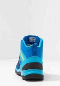 adidas Performance - TERREX AX2R MID CLIMAPROOF HIKING SHOES - Fjellsko - blue beauty/core black/shock yellow - 3