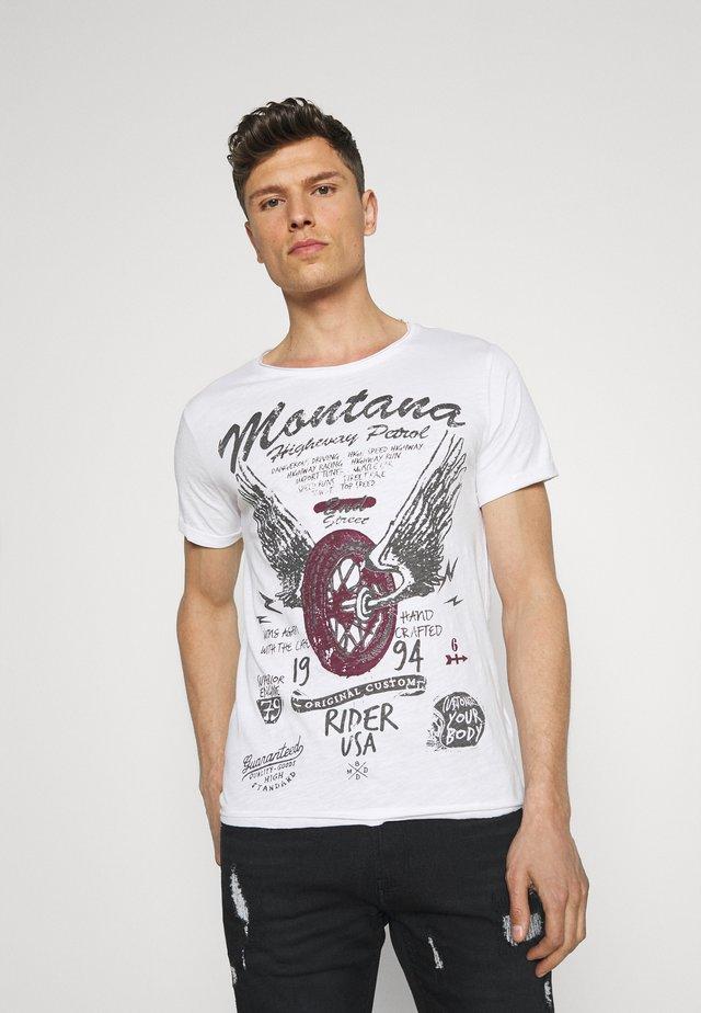 TIRES ROUND - T-shirt con stampa - white