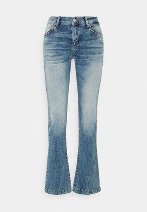 FALLON - Flared jeans - gaura undamaged wash
