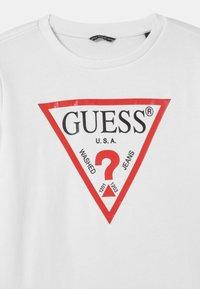Guess - JUNIOR CORE - Felpa - true white - 2