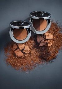 Rodial - DUO EYESHADOWS CHOCOLATE - Eye shadow - brown - 2