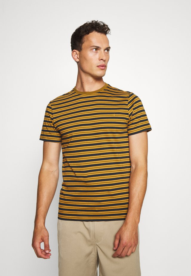 INDIA - T-shirt z nadrukiem - olive/brown