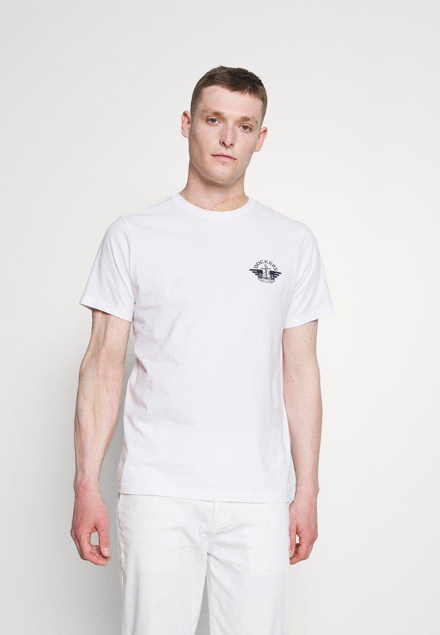 LOGO TEE - Camiseta estampada - lucent white