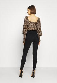 Gina Tricot - PERFECT SHAPE  - Jeans Skinny Fit - black - 2