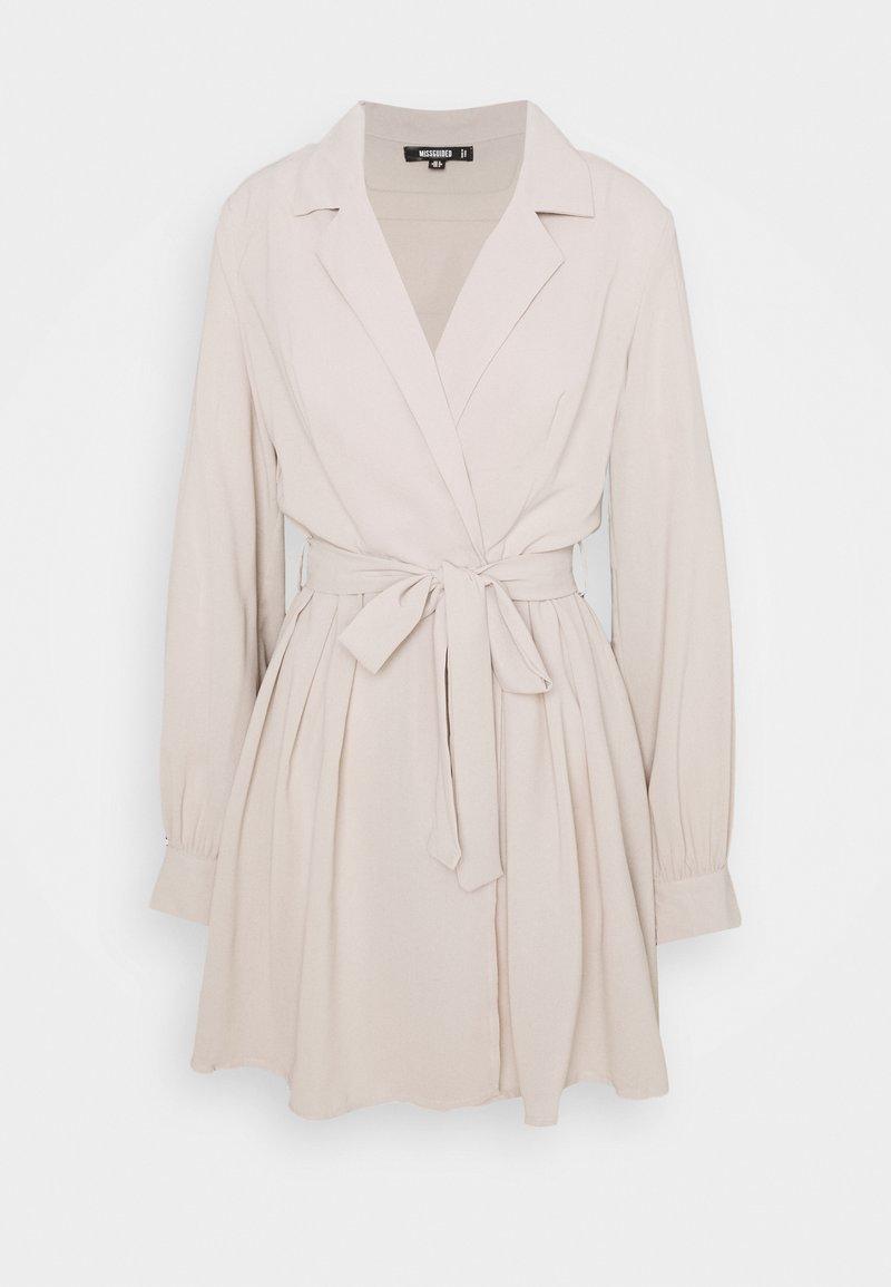Missguided - TIE BELT COLLAR SKATER DRESS - Kjole - stone