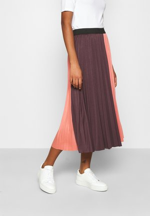 BYSERINA SKIRT - Jupe trapèze - canyon rose