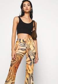 Jaded London - FRONT BOOTCUT TROUSER TIGER SWIRL - Pantalones - multi - 3