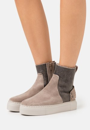 BERN - Classic ankle boots - taupe