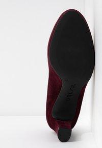 Unisa - NUMIS CLASSIC - Platform heels - grape - 6