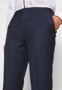HUGO - HESTEN - Pantaloni eleganti - dark blue - 3