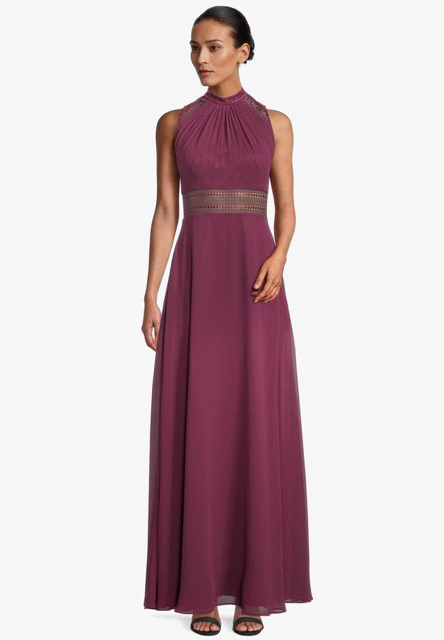 Maxi dress - shiny bordeaux