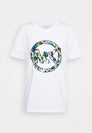 CLUSTERS LOGO TEE - Camiseta estampada - white