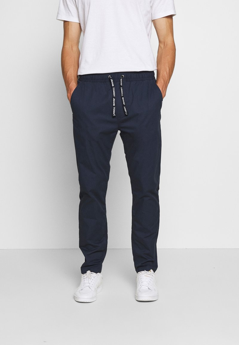 Tommy Jeans - TRACK PANT - Trousers - twilight navy