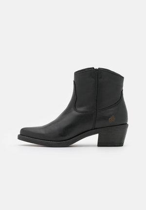 JENNER - Cowboy/biker ankle boot - black