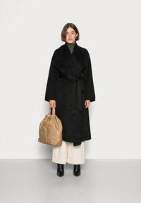 IVY & OAK - CARRIEANN  - Classic coat - black - 1
